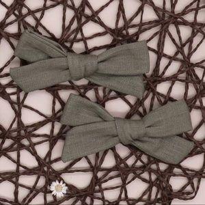 Other - 🍋 4/$20 set 2 Green Linen Barrette Hair Bows